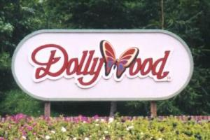 Dolly-partons-dollywood_20100615