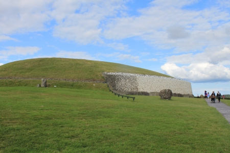 Newgrange (passage grave)